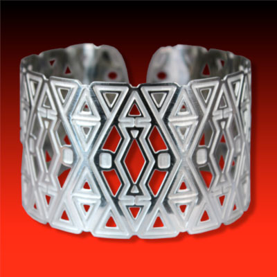 Diamond Design Wristband